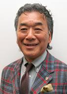 飯嶋 薫 氏